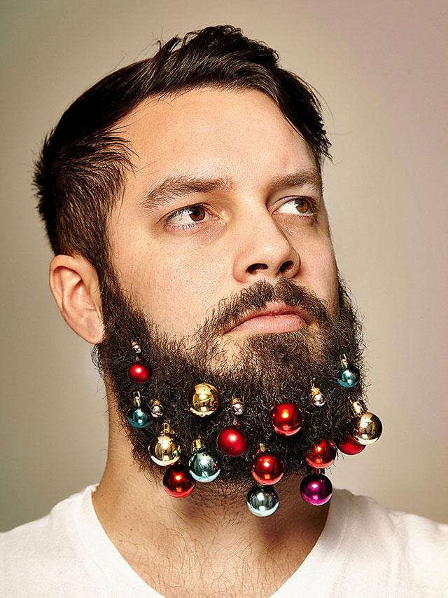 festive beard baubles turn beards into christmas trees (2)