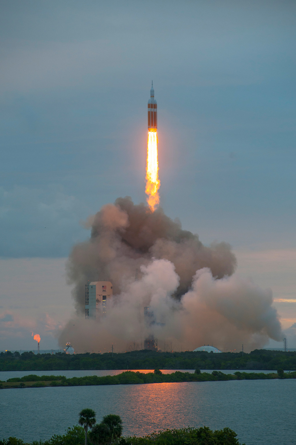 nasa orion launch hq high res photos (4)