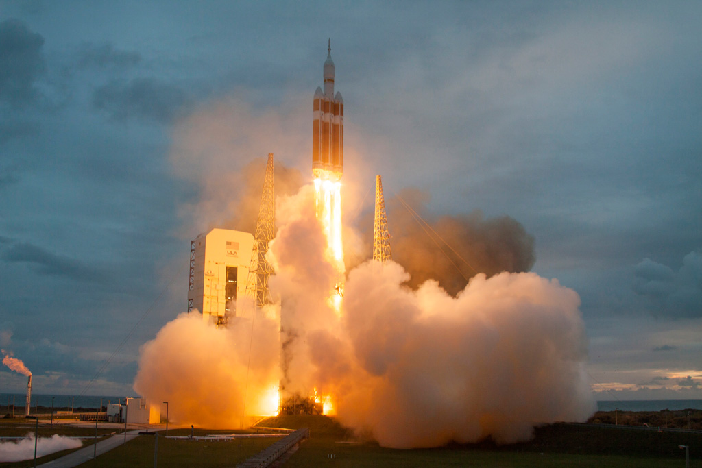nasa orion launch hq high res photos (8)