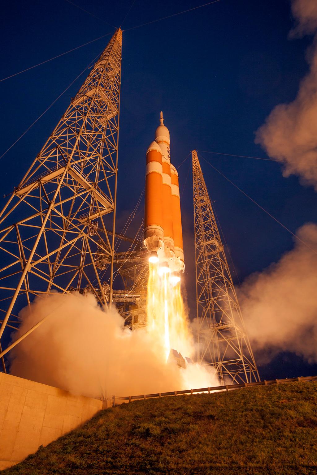 nasa orion launch hq high res photos (9)