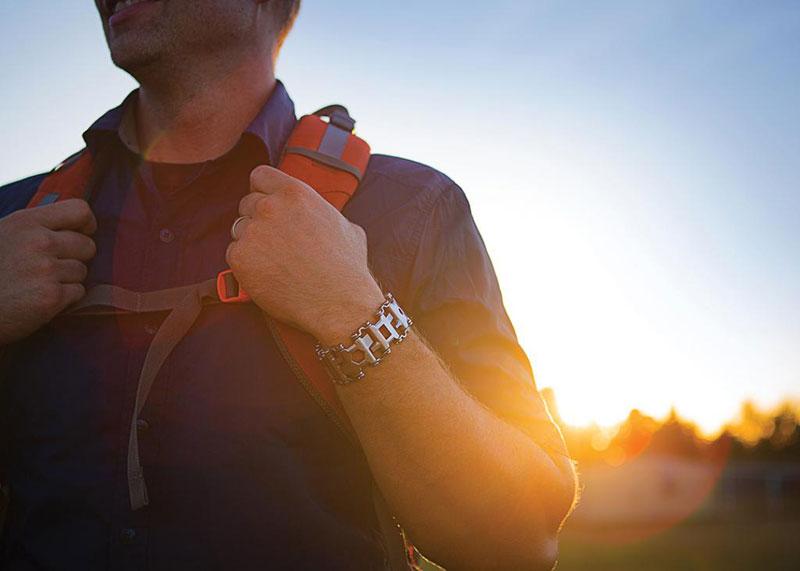 leatherman tread bracelet wearable with 25 tools (4)