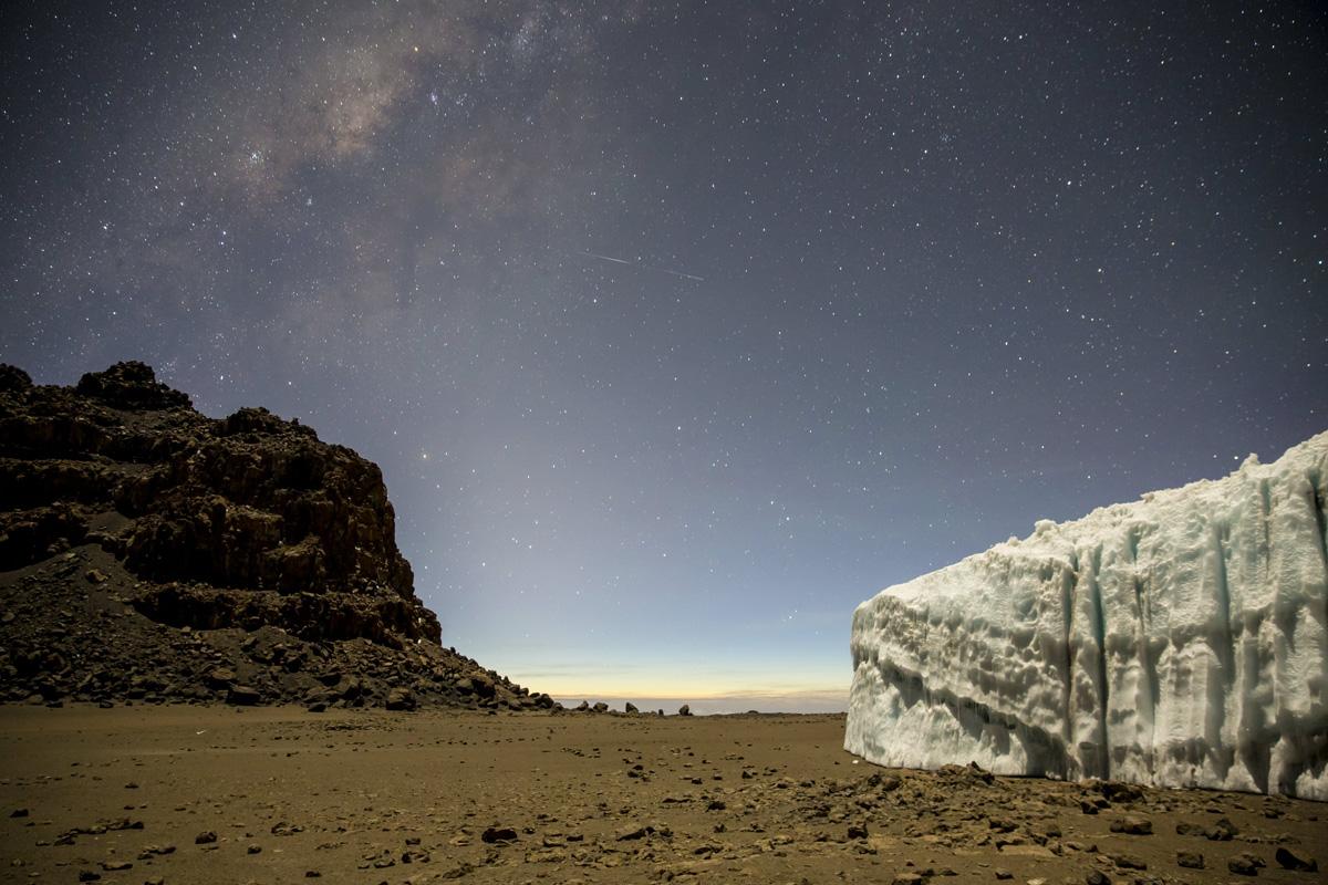 ice climbing at the summit of kilimanjaro will gadd red bull (7)