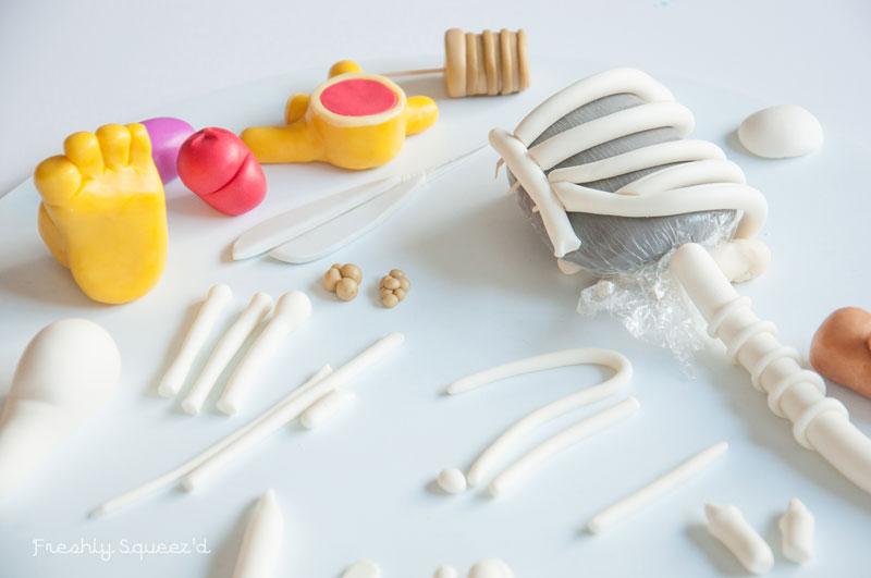 ralph wiggum cake by kylie mangles (2)