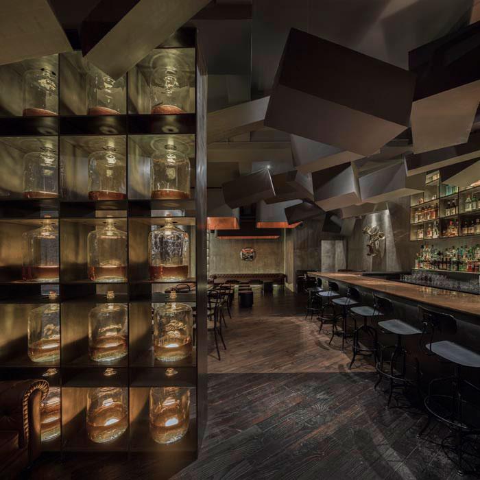 speakeasy bar hidden behind old coke machine in shanghai by alberto caiola (3)