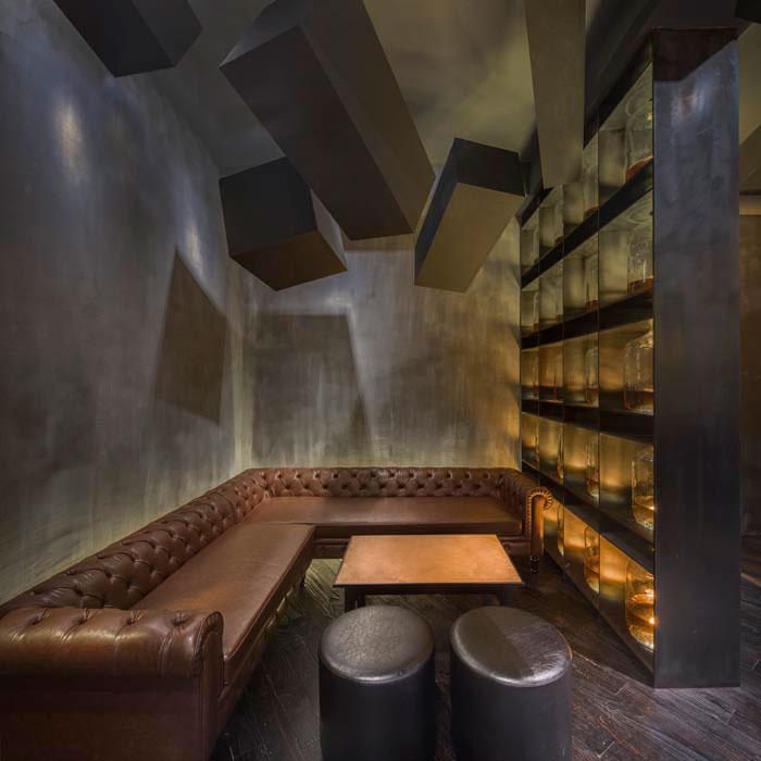 speakeasy bar hidden behind old coke machine in shanghai by alberto caiola (4)