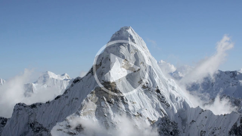 Teton Gravity Debut First-Ever Ultra HD Footage of Himalayas Above 20,000 ft