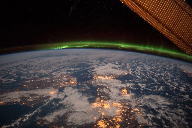 green auroras for st patricks day (15)