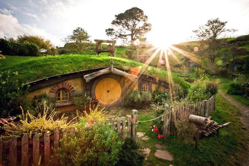 hobbiton movie set tour new zealand (2)
