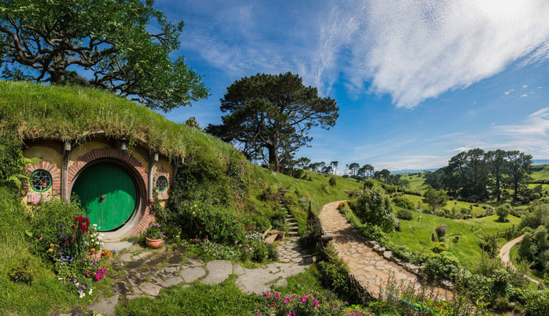 hobbiton movie set tour new zealand 9 Dan Pauly Builds Amazing Little Cabins You Might Find in a Fantasy Novel