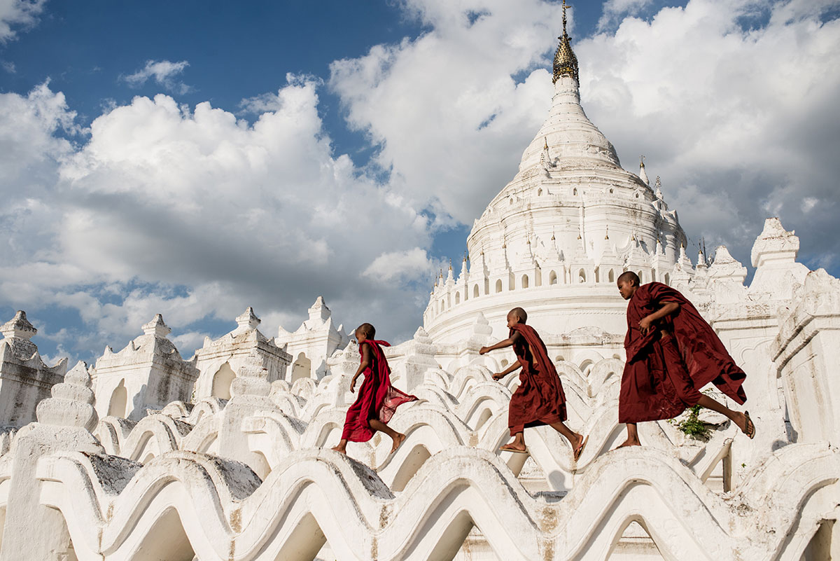 Smithsonian-Photo-Contest-Buddhist-Monks