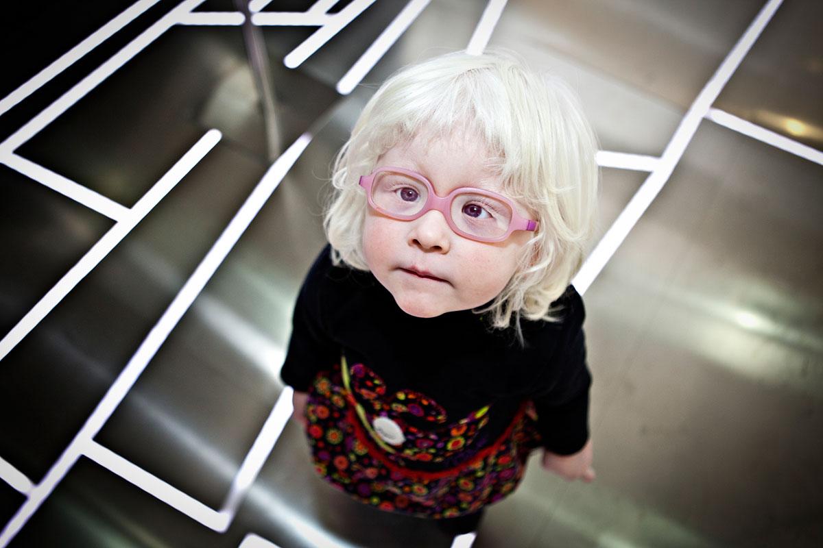 Smithsonian-Photo-Contest-Girl-Glasses