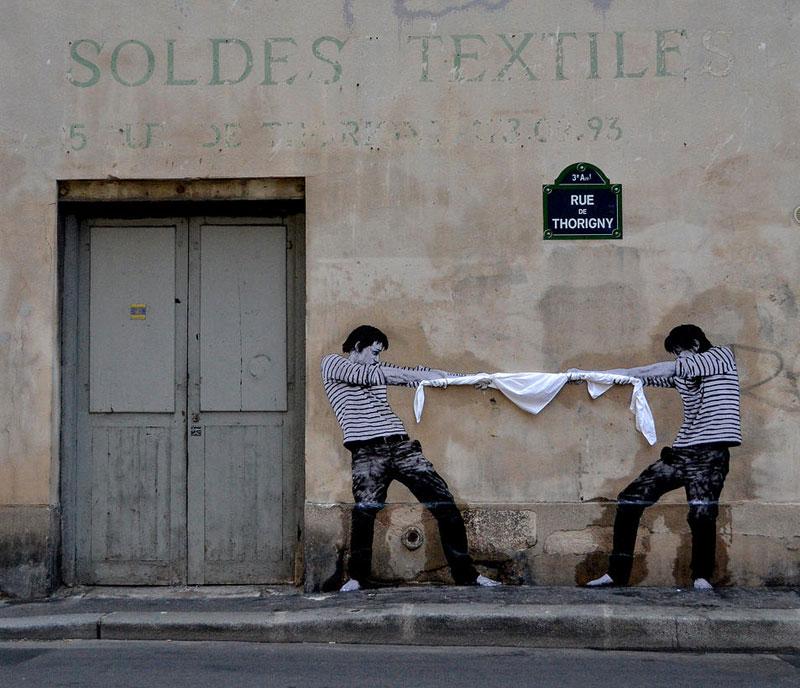street art in paris by levalet (18)