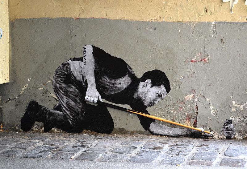 street art in paris by levalet (23)