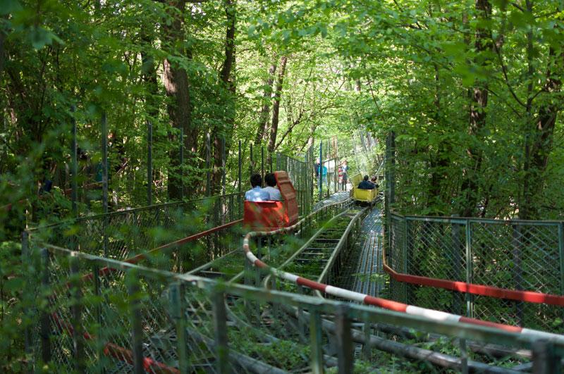 ai pioppi italy human powered theme park (1)