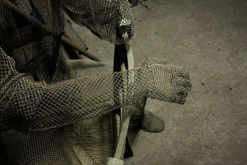 figurative wire mesh sculptures by Edoardo Tresoldi (8)