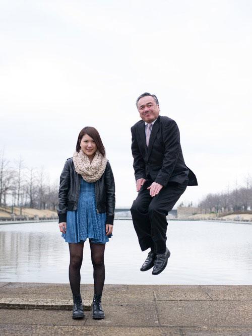 Japanese Businessmen Jumping Beside their Daughters by yuki aoyama (4)
