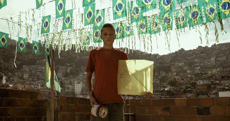 Fighting Kites in the Favelas of Brazil