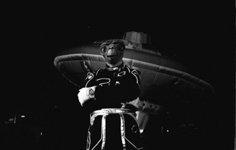 richard branson ufo april fools 1989 london (1)