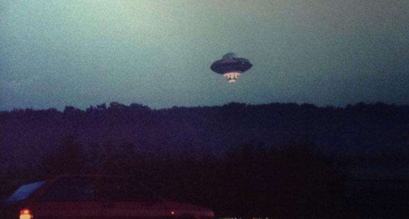 richard branson ufo april fools 1989 london (4)