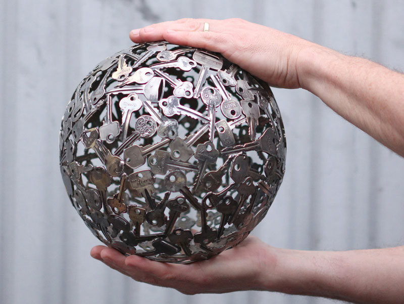 Artist Turns Discarded Keys and Coins Into Works of Art (4)