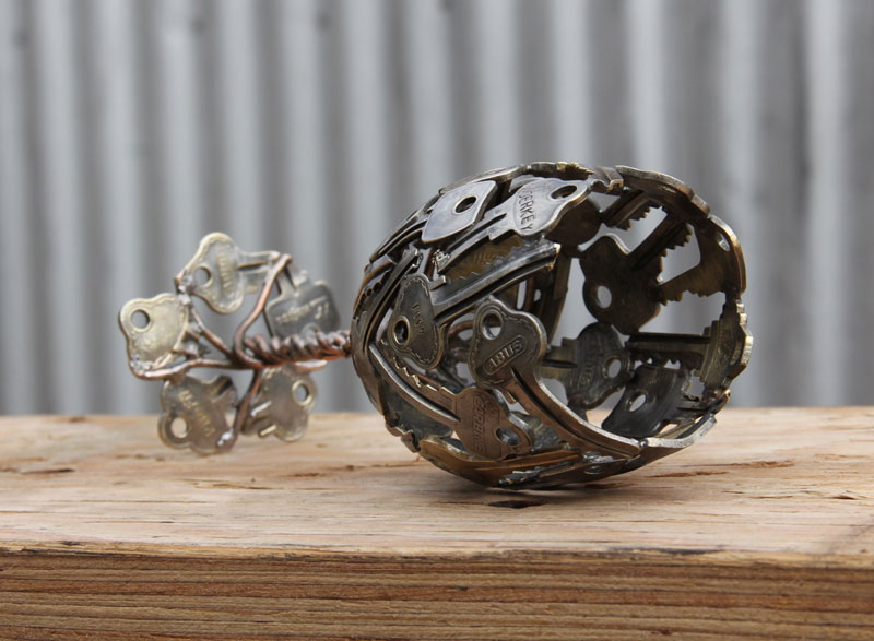 Artist Turns Discarded Keys and Coins Into Works of Art (6)
