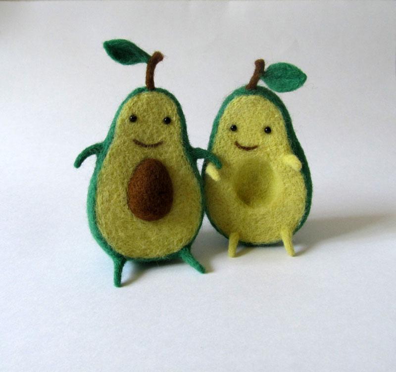 avocado plush toy hugging by hanna dovhan (3)