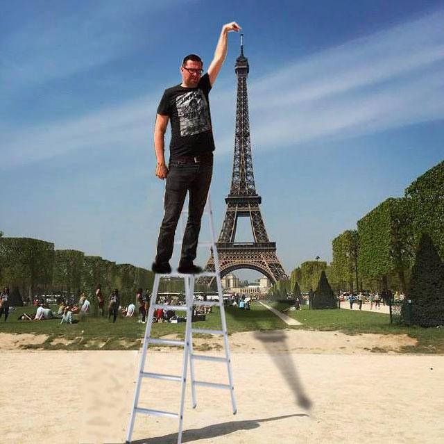 eiffel tower photoshop 4chan (20)