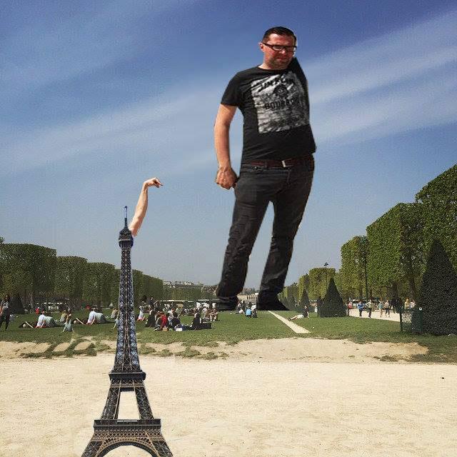 eiffel tower photoshop 4chan (5)