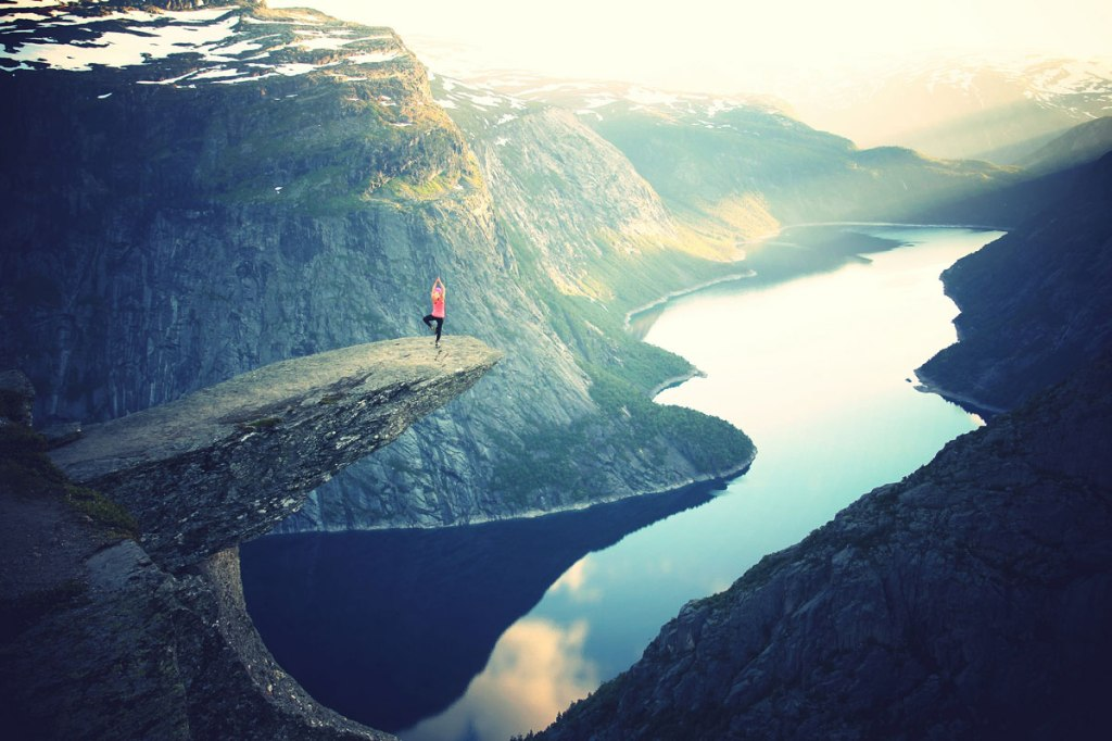 Picture of the Day: Tree Pose on Trolltunga
