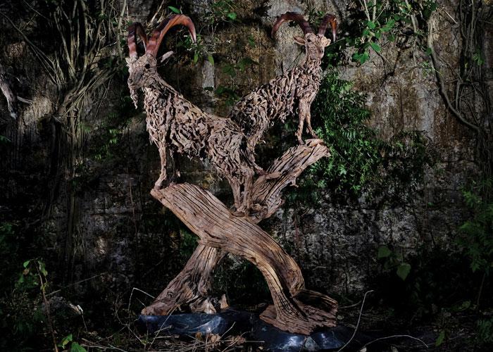 james doran webb driftwood animal sculptures (6)