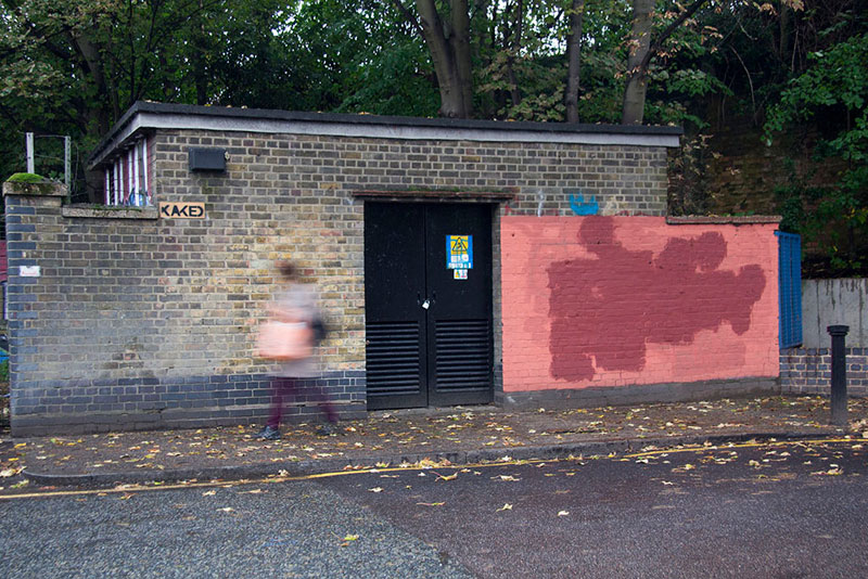 Street Artist mobstr and City Worker Have Year Long Exchange on Red Wall in London (10)