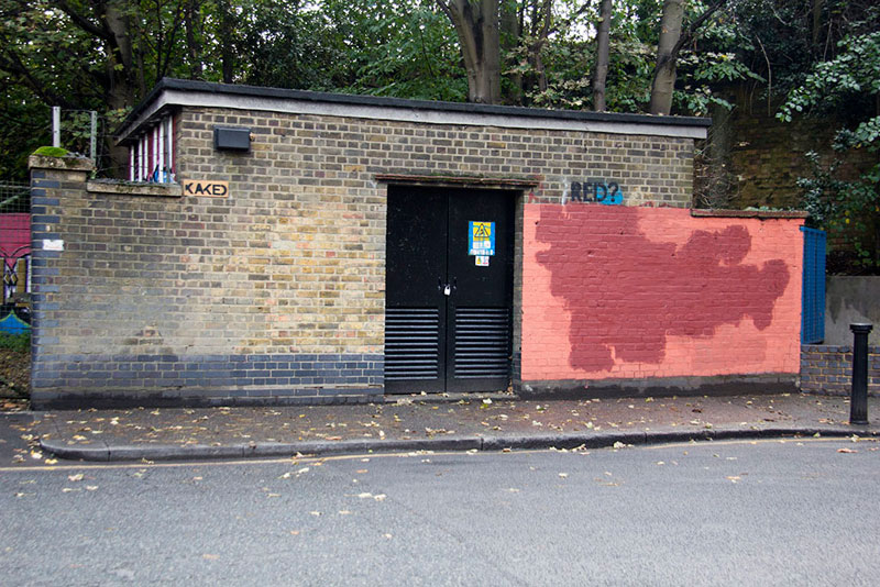 Street Artist mobstr and City Worker Have Year Long Exchange on Red Wall in London (16)