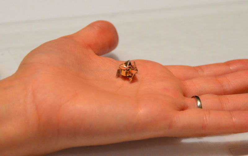 Tiny Self-Folding Origami Robot Can Walk Swim and Degrade (4)
