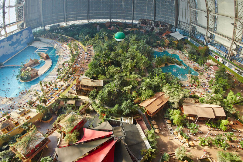 tropical islands resort the Giant Waterpark Inside an Old German Airship Hangar (25)