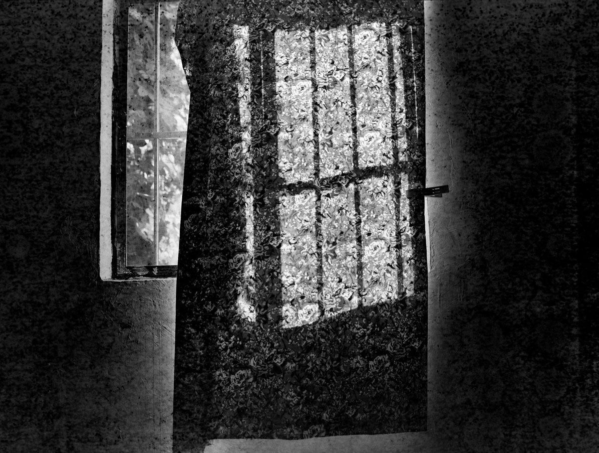Luo-Yongjin,-Otherness---Curtain,-Henan,-2014