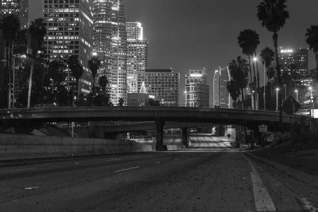 16 Eerie Night Time Photos of Empty LA Freeways