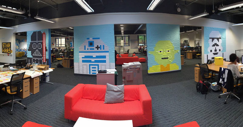 Co-Workers Use Post-Its to Turn Boring Office Walls Into Awesome Star Wars Characters