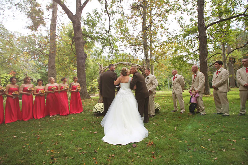 Father of the Bride Grabs Her Stepfather So He Can Also Walk Down the Aisle delia blackburn (4)