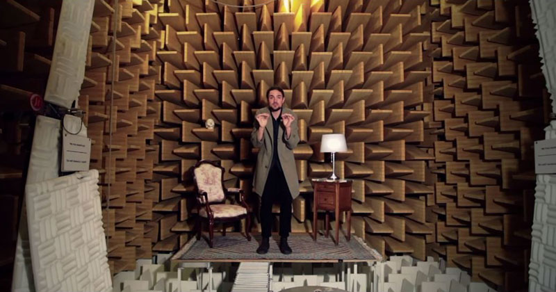 Guy Sings Same Song in 15 Different Environments to Experiment with Natural Reverb