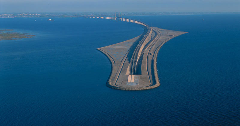 This Amazing Bridge Turns Into a Tunnel and Connects Denmark and Sweden
