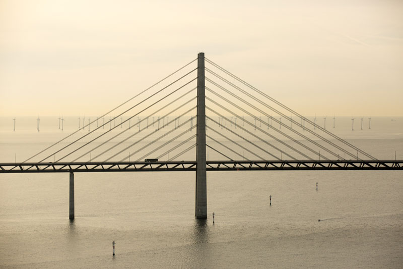 oresund bridge tunnel connects denmark and sweden (3)