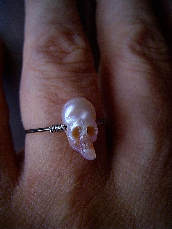pearl skulls by shinki nakaba (12)