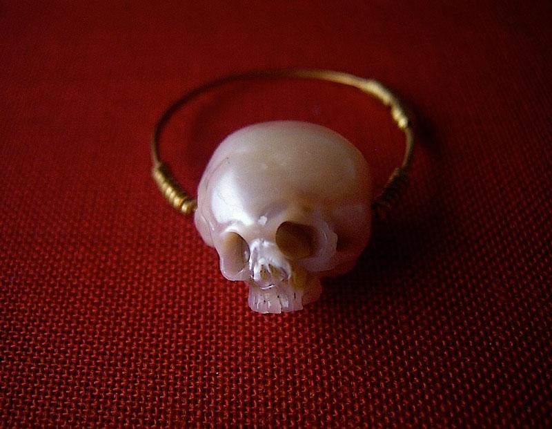pearl skulls by shinki nakaba (18)