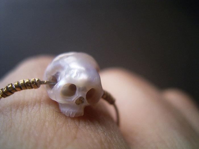 pearl skulls by shinki nakaba (25)