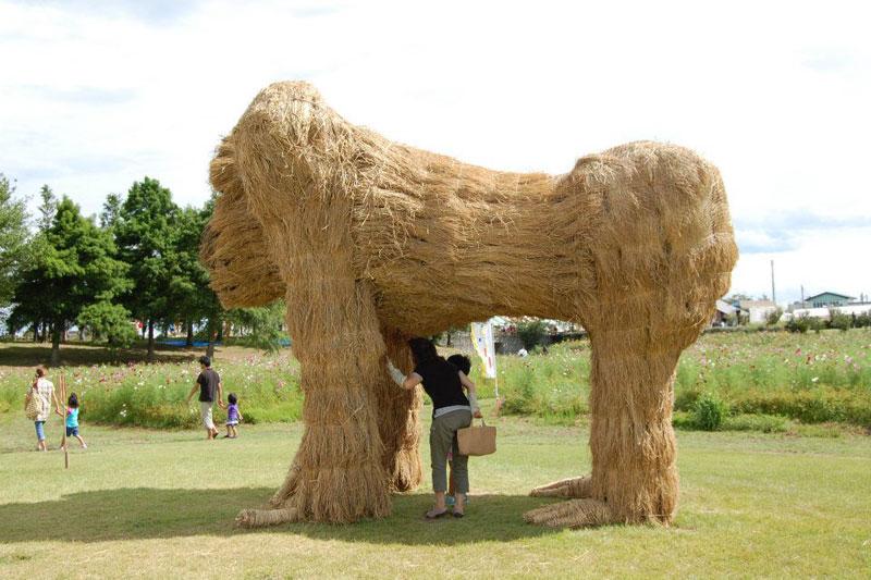 straw art festival niigata city japan (3)