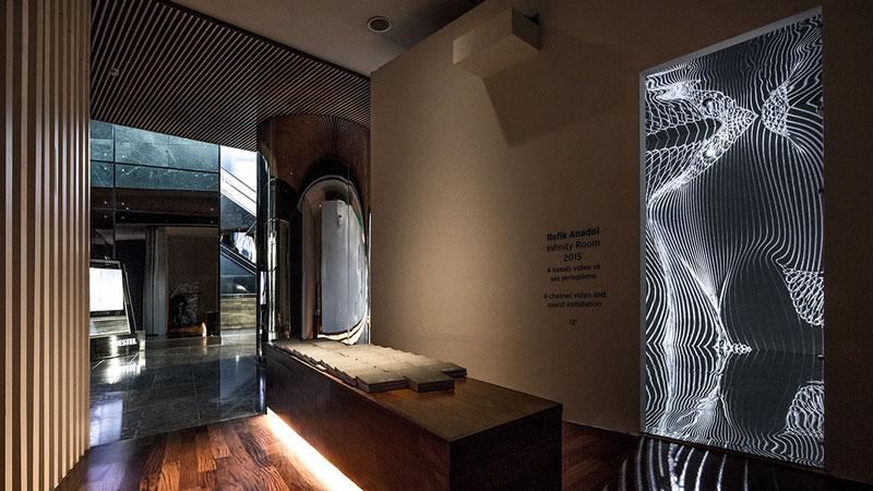 Infinity Room 2015 by Refik Anadol (9)