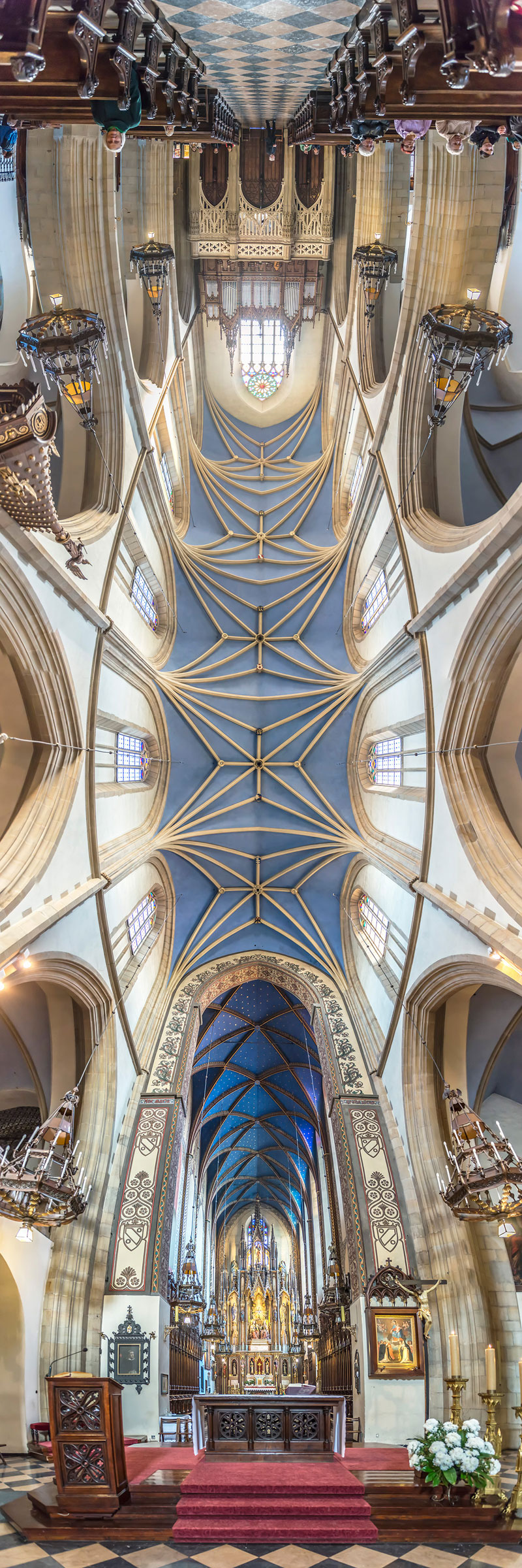 Vertical Panoramas of Church Ceilings Around the World (2)
