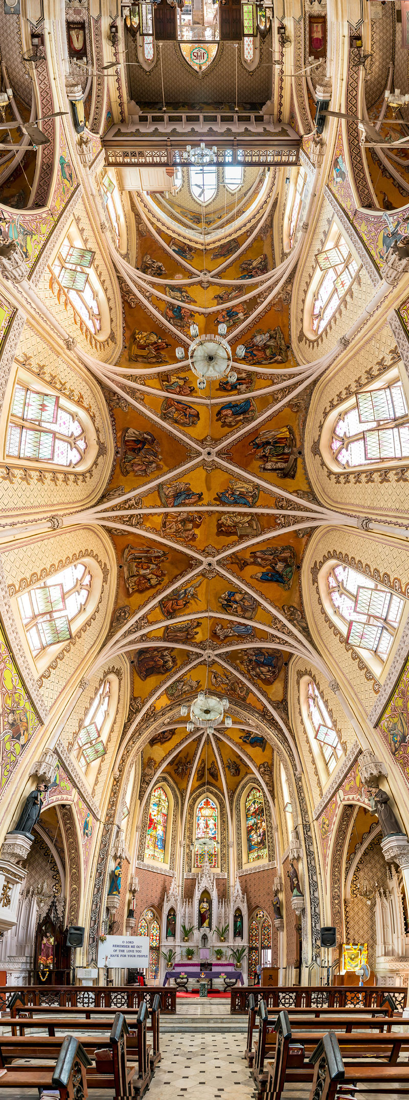 Vertical Panoramas of Church Ceilings Around the World (6)