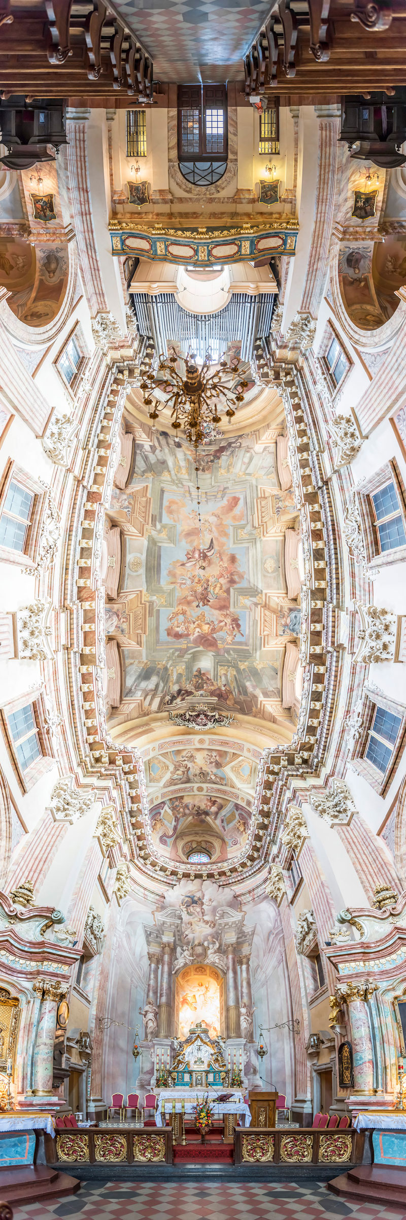 Vertical Panoramas of Church Ceilings Around the World (7)