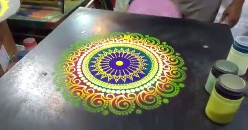Guy Creates Beautiful Sand Art in Under 60 Seconds